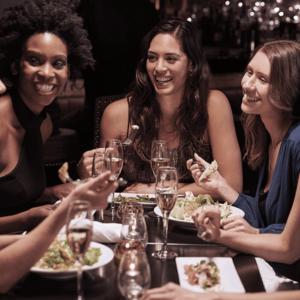 Boston-business-women-event-members-dinner